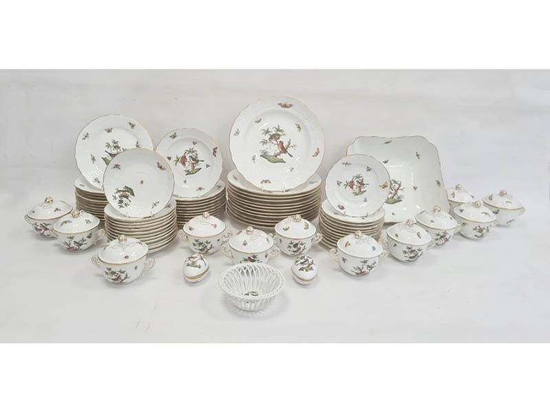 The-Cotswold-Auction-Company-Herend Rothschild Birds pattern part dinner service sold for £3,000