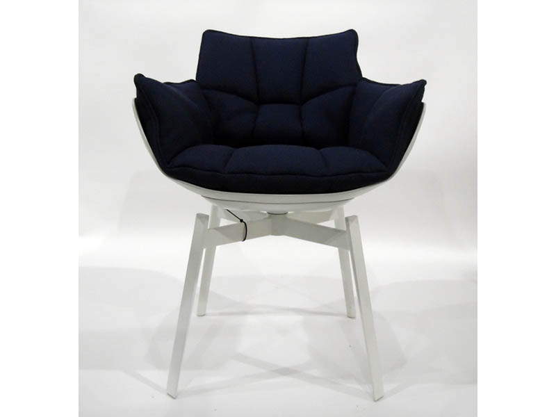 The-Cotswold-Auction-Company-Set of 6 B&B Italia Husk dining chairs by Patricia Urquiola, sold for £2,100