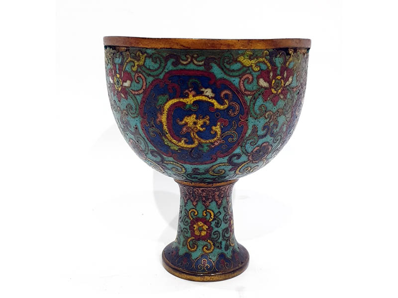 The-Cotswold-Auction-Company-Chinese cloisonne Qianlong stem bowl sold for £3,800